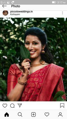 Kerala Wedding Saree, Indian Bridal Sarees, South Indian Sarees, Indian Bridal Fashion, Indian Wedding Outfits, Saree Wedding, Christian Wedding Sarees, Christian Bride, Christian Weddings