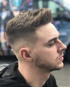 101 Short Back & Sides Long On Top Haircuts To Show Your Barber in 2018 – Men's Hairstyles Cool Hairstyles For Men, Elegant Hairstyles, Long Hairstyles, Gorgeous Hairstyles, Teen Boy Hairstyles, Famous Hairstyles, Mens Hairstyles Fade, Best Short Haircuts, Cool Haircuts
