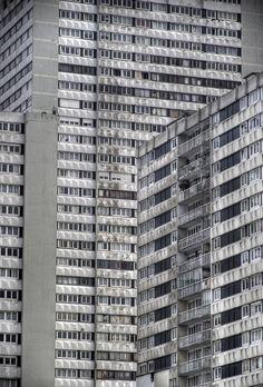 Bagnolet (in the banlieues of Paris) Le Pigeon, Odd Future, E Photo, Brutalist, Architecture Details, Life Is Good, Skyscraper, Multi Story Building, Environment