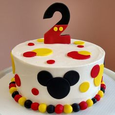 Bolo Do Mickey Mouse, Bolo Minnie, Mickey Mouse Cupcakes, Mickey Mouse Clubhouse Birthday Party, Mickey Cakes, Mickey Party, Mickey 1st Birthdays, Mickey Mouse Birthday Cake, Mickey Mouse 1st Birthday