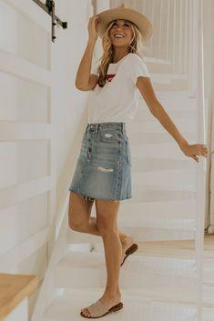 Apr 2020 - Levi's High Rise Denim Skirt - Denim Outfits for Spring Denim Skirt Outfits, Style Outfits, Girl Outfits, Casual Outfits, Teen School Outfits, Outfits With Jean Skirt, Cute Outfits For Teens, Casual Summer Outfits For Teens, Cheap Outfits