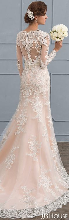 A perfect dress for your wedding. #JJsHouse #Wedding