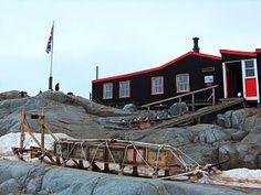 Antarctica - PortLockroy Museum