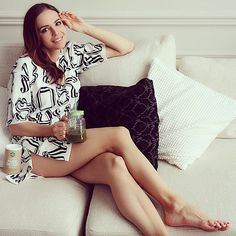 Share, rate and discuss pictures of Anna Wendzikowska's feet on wikiFeet - the most comprehensive celebrity feet database to ever have existed. Pictures Of Anna, Celebrity Feet, Legs, Celebrities, Instagram, Women, Celebs, Celebrity, Bridge