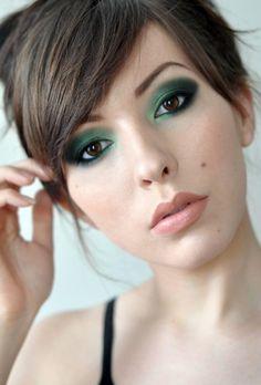Verde smeraldo tendenza make up 2013: per gli occhi