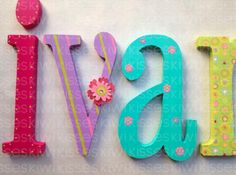nursery decor letters / Letras de madera para decorar ! on.fb.me/1hoS0Sr