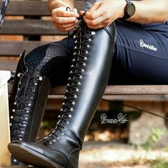 Mens High Boots, Mens Riding Boots, Combat Boots, Sporty Outfits, Equestrian Style, Tall Boots, Leather Pants, Footwear, Unif