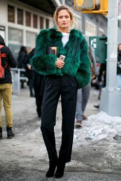 """""""Sleek+cigarette+trousers+with+a fur+chubby+is+such+a+polished+look+–+a+glamorous+alternative+to+the+typical+off-duty+model+style."""""""