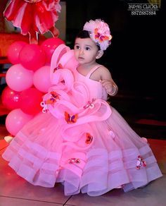 Baby Girl Princess Dress Ideas for Memorable Photoshoot Baby Frocks Party Wear, Baby Girl Frocks, Baby Girl Party Dresses, Dresses Kids Girl, Happy Birthday Baby Girl, Birthday Girl Dress, Birthday Dresses, Mom Daughter Matching Dresses, Birthday Frocks