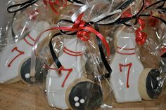 Sweet G: Bowling ball and bowling pin cookies Bowling Birthday Cakes, Bowling Party Favors, Sports Party Favors, Cookie Party Favors, Birthday Bash, Birthday Parties, Birthday Ideas, Bowling Pictures, Mickey Cakes