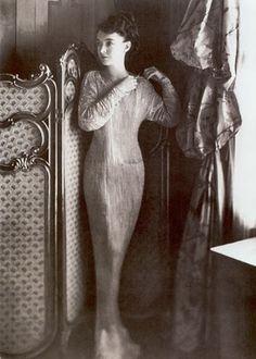 Lillian Gish in Fortuny- 1920