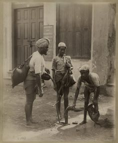 Water Carriers are Filling Up their Bags (also called Mashk)- India Colonial India, British Colonial, Rare Pictures, Historical Pictures, History Facts, Art History, Jaisalmer, Udaipur, Vintage Photographs