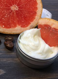 Natural Beauty Encyclopedia presents - How to make this luxurious anti-cellulite Whipped Grapefruit & Coffee Shea Body Butter? Follow the link below for this and more natural beauty tutorials. Diy Body Butter, Whipped Body Butter, Shea Butter, Natural Beauty Recipes, Anti Cellulite, Beauty Tutorials, Natural Cosmetics, Rose Water, Grapefruit