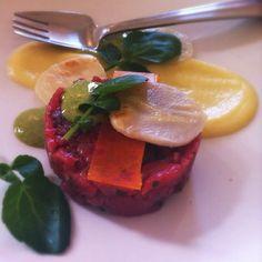 beef tartare, apple, tarragon, celeriac, egg @ Carlton Wine Room