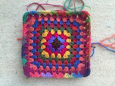seven round granny square, crochetbug, crochet concentric squares, crocheted, crocheting, crochet purse, granny square purse,