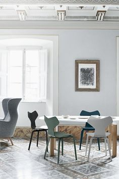 Attrayant Fritz Hansen Grand Prix Chair Arne Jacobsen Chair, Bentwood Chairs, Dining  Chairs, Dining