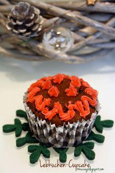 #gingerbread cupcakes #vegan bymuc.veg