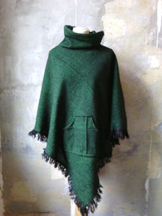 Wool Poncho with Green fringes Elegant high Collar by Coisas4u