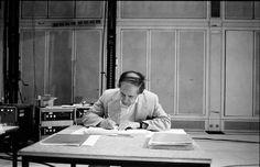 Marion Kalter photographs Pierre Boulez - Musiksalon Englisch