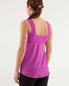 perfect for a summer run without the  feeling of being strangled or it sticking to all the curves