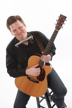 Looking for a guitar teacher who has over 30 years of playing experience? Hire Tim Pratt who also specializes in pop, folk songs, and more. See his rates for musical instrument playing lessons.
