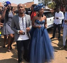 the best couples shweshwe dresses for 2018 - Reny styles Setswana Traditional Dresses, Zulu Traditional Attire, African Traditional Wear, African Traditional Wedding Dress, Traditional Wedding Attire, African Wedding Theme, African Wedding Attire, African Attire, African Bridal Dress