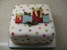 Christmas present cake | by Stacey's Cakes