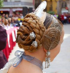 Grecian Hairstyles, Goddess Hairstyles, Cool Hairstyles, Mediterranean People, My Beauty, Hair Beauty, Viking Hair, Extreme Hair, Space Girl