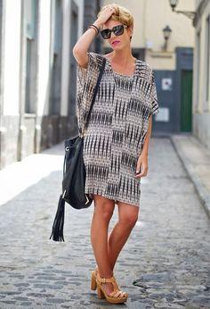 Актуально -- подборка ярких летних платьев для женщин, которым за 40