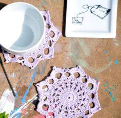 2 Crocheted Coasters/ Lilac Coasters/ Tea by manufattofattoamano, €4.50