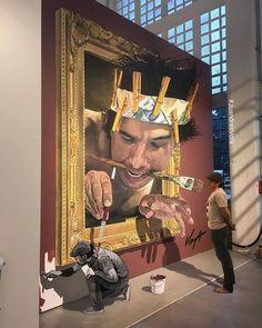 Yo dawg, I heard you like paintings, so I painted a painting of a painting painting a painter painting around a painting.