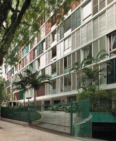Cinquentões cobiçados: 10 prédios antigos de SP