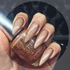 In seek out some nail designs and ideas for the nails? Listed here is our list of 22 must-try coffin acrylic nails for stylish women. Gold Stiletto Nails, Pointed Nails, Sparkly Nails, Black Nails, Sexy Nails, Love Nails, Gorgeous Nails, Pretty Nails, Laque Nail Bar