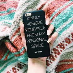 It's the weeeeeeeekend!! Keep everyone out of your personal bubble with this handy dandy phone case! Tag someone who needs it and get yours on JACVANEK.COM now. ✌️✨