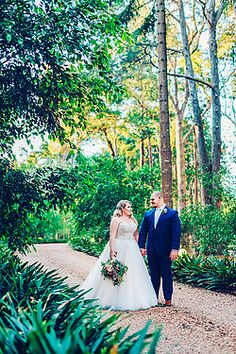 Kate & Nathan | Gabbinbar Homestead, Toowoomba Wedding Destination Weddings, Destination Wedding Photographer, Flower Market, Homesteading, Getting Married, Travelling, Wedding Dresses, Flowers, Beautiful