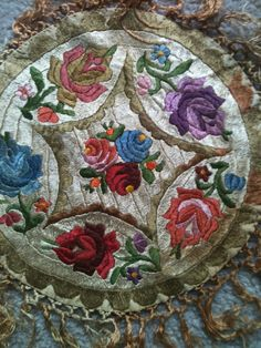 Vintage 1920s Art Deco Roses Embroidered piano shawl