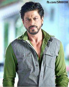 Why so serious? Shah Rukh Khan Movies, Shahrukh Khan, Richest Actors, Srk Movies, Vintage Bollywood, King Of Hearts, Face Photo, Aishwarya Rai, Bollywood Stars