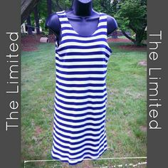 THE LIMITED CASUAL SUMMER DRESS Casual enough for a beach cover up...yet classy enough to pair with wedges for dinner out....100% Cotton The Limited Dresses