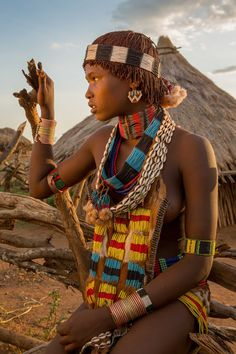 On the evening of Sept we visited the local Hamer Tribe to photograph the women. As I work on the pictures their beauty is striking, especially with the evening glow falling on them. One thi… Tribal Women, Tribal People, African Tribes, African Women, Tribal Fashion, African Fashion, Black Is Beautiful, Beautiful People, Black Girls