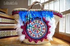 #Straw basket bag #Beach bag #Ibizabag #Hippiestyle #un #bohochic #bohostyle #Bohéme # #Style #Hippie #Gypsy #Ethnic #Gypsystyle #Fashion #Ibizastyle #Étnico #Fashiondesigner #lolitaylola #yolandafaguilera #loliteando. #capazo #boholifestyle  www.tendenciaslolitaylola.blogspot.com Síguenos en el Facebook de Lolitaylola Boho Chic. También en Instagram el LolitayLola Estilo Tendencia. #Straw basket bag #Beach bag #Ibizabag #Hippiestyle #un #bohochic #bohostyle #Bohéme # #Style #Hippie #Gypsy…