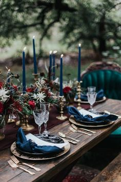 Winter wedding table Wedding candles table Wedding table decorations Halloween wedding Wedding table Wedding table settings - With real Wiccan wedding ideas this inspo will but a spell on you! Long Table Decorations, Decoration Table, Autumn Wedding, Rustic Wedding, Buffet Wedding, Christmas Wedding, Wedding Country, Holiday Wedding Ideas, Black Wedding Decor