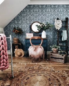 A dressing room with a mix of bohemian and vintage x a pink sheepskin draped on a vintage chair x a la roudette round rug a DIY painted dressing table and a Swedish dark blue wallpapered wall Vintage Dressing Rooms, Living Room Rug Placement, Minecraft, Budget Home Decorating, Living Room Color Schemes, Dark Interiors, Vintage Chairs, Deco Design, Room Colors