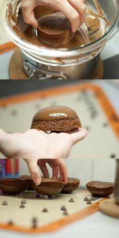 Cauldron Cake Making - very cute, but ALOT of work!