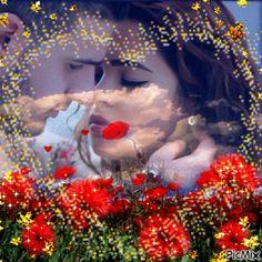 Forduljon PicMix Love You tulajdonában lévő körülbelül PicMix. Romantic Gif, Romantic Images, Romantic Moments, Love Images, Corazones Gif, Beau Gif, Animated Heart, Love You Gif, Artistic Wallpaper