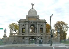 Hurlbut Memorial Gate, named for Detroit grocer and Water Commissioner Chauncey Hurlbut (1803–1885), marks the entrance to Waterworks Park, the main site of Detroit's municipal water system. The gate is a handsome limestone Beaux Arts design.