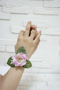 """Браслет на руку """"Розовая роза"""""""