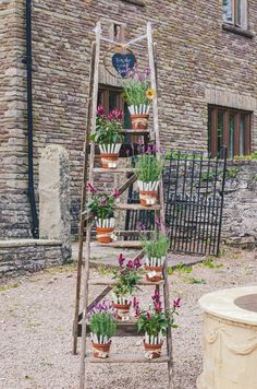 rusticladder & potted plant table plan