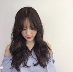Korean Hairstyle Long, Korean Haircut, Korean Hairstyles, Curled Hairstyles, Hairstyles Haircuts, Hair Style Korea, Diy Lace Ribbon Flowers, Waves Curls, Hair Inspo