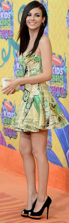 Victoria Justice - Nickelodeon's 27th Annual Kids' Choice Awards - Los Angeles - March 29, 2014