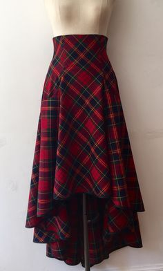 Stunning red tartan high waisted waterfall hem skirt for maximum impact and a sh. - Stunning red tartan high waisted waterfall hem skirt for maximum impact and a show stopping look. Team with matching matador jacket and complete th… Tartan Fashion, Look Fashion, Fashion Design, Gothic Fashion, Womens Fashion, Skirt Outfits, Dress Skirt, Dress Shoes, Shoes Heels